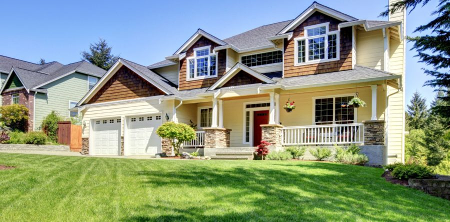 Get Ready for Summer with the 4 Great property management Landscaping Tips