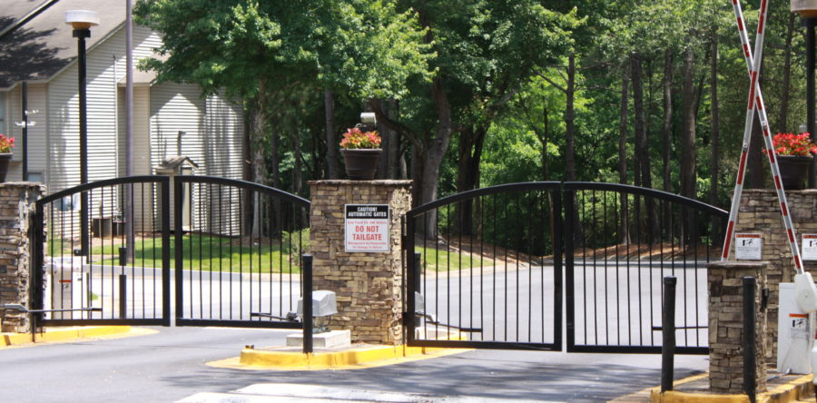 Gate Security for your Multi-Family property: Choosing the right system